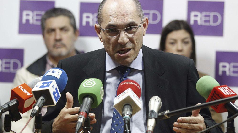 Foto: Elpidio Silva durante la presentación del proyecto electoral del Movimiento RED en 2014. (EFE)