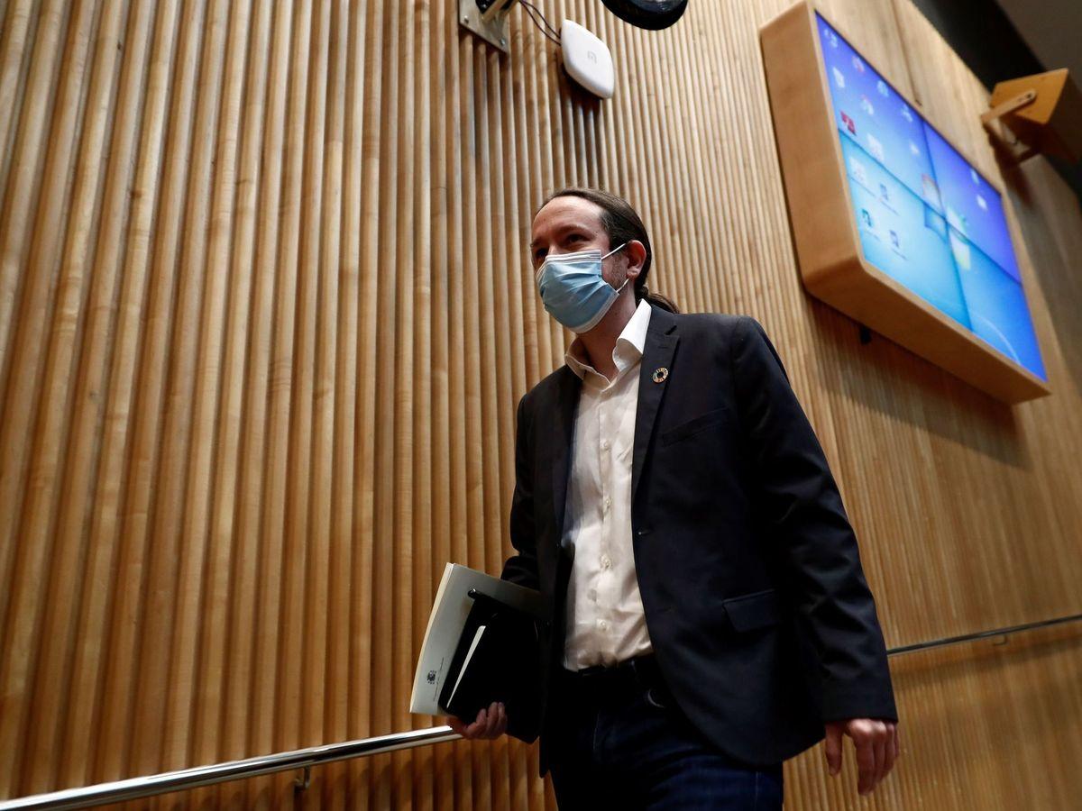 Foto: El vicepresidente segundo del Gobierno, Pablo Iglesias, momentos antes de comparecer este jueves en la Comisión para la Reconstrucción Social y Económica del Congreso. (EFE)