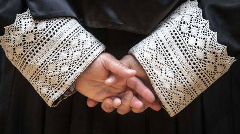 Los abogados, divididos ante la necesidad de usar togas en juicio