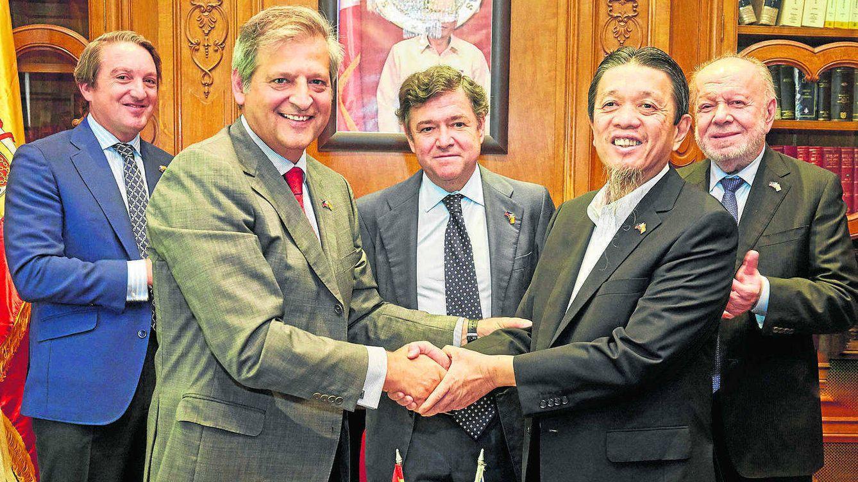 Los magnates filipinos siguen sedientos de brandi de Jerez: Cosco entra en W&H