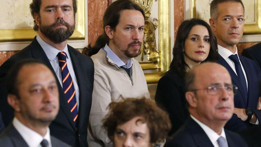 Foto: Espinosa de los Monteros, Pablo Iglesias e Inés Arrimadas en el Día de la Constitución. (EFE)