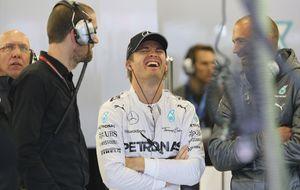 Alonso y Mercedes no se 'mojaron' en los últimos libres en Silverstone