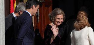 Post de La Reina Sofía luce su joya más especial, un colgante de perlas heredada de su madre