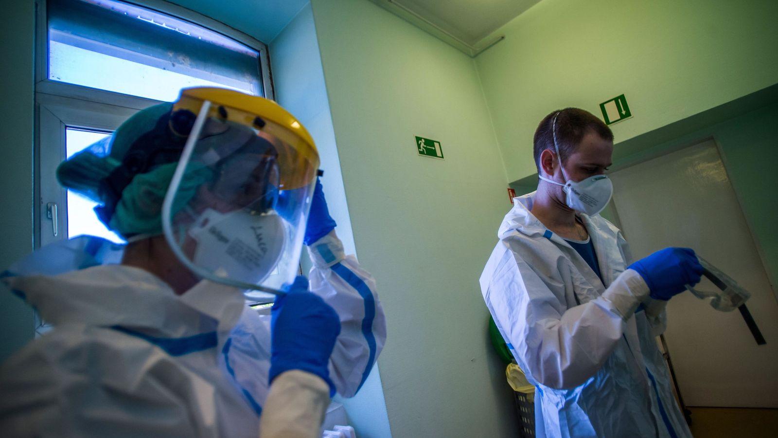 Francia estudia usar parches de nicotina en pacientes de covid-19 ...