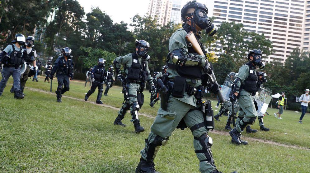 Foto: La policía dispersa a los manifestantes con gases lacrimógenos. (Reuters)