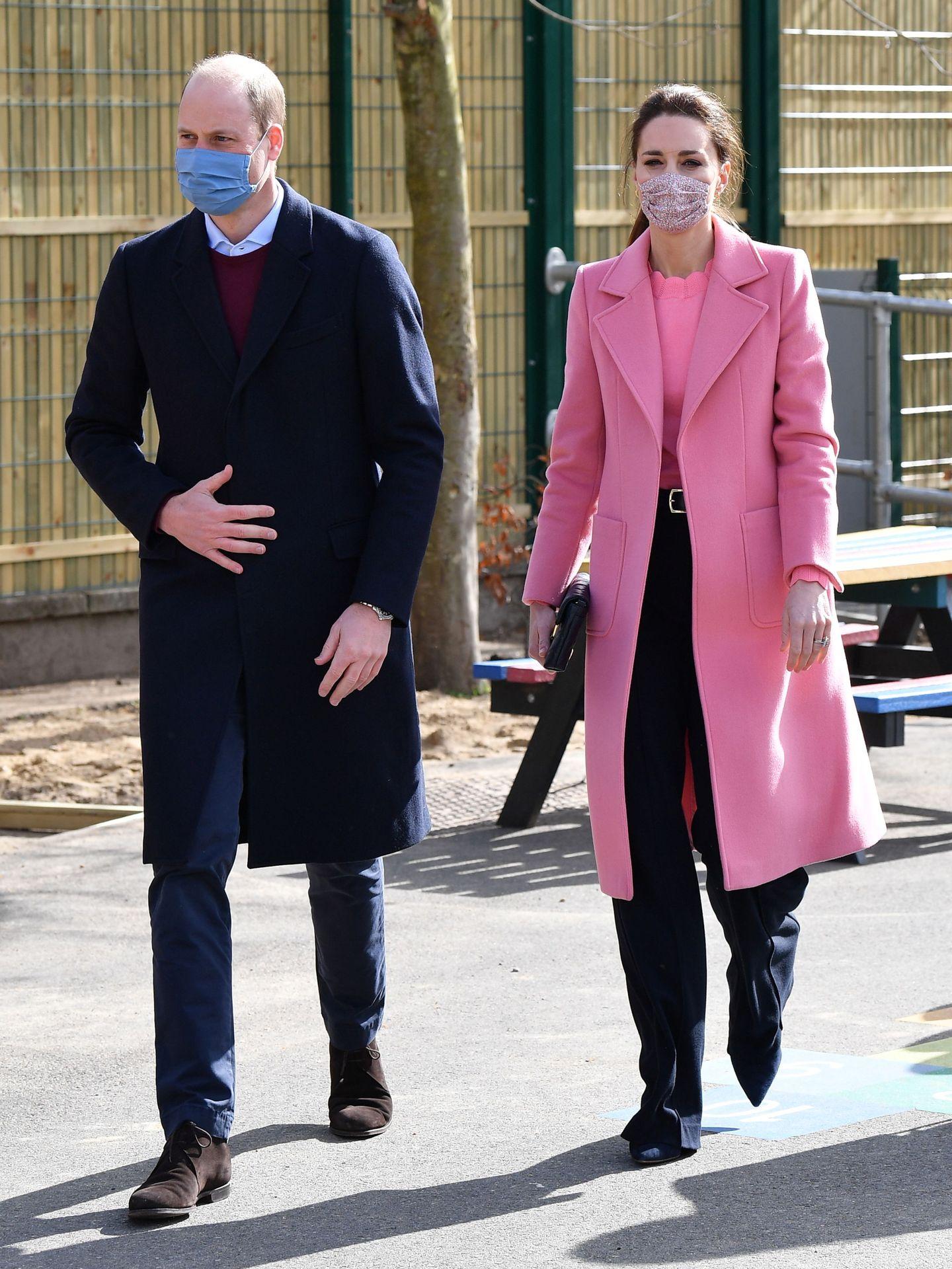 Los duques de Cambridge, en uno de sus compromisos oficiales. (Reuters)