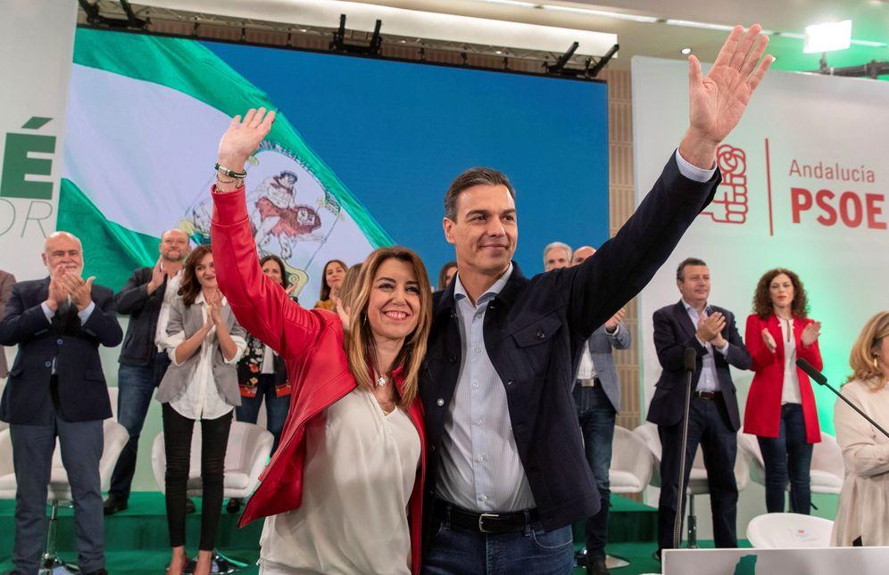 Foto: Pedro Sánchez y Susana Díaz, este 20 de octubre en Sevilla, en el comité director del PSOE-A. (EFE)
