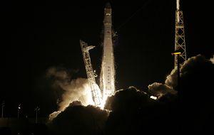 El Dragon de Elon Musk ya viaja rumbo a la Estación Espacial