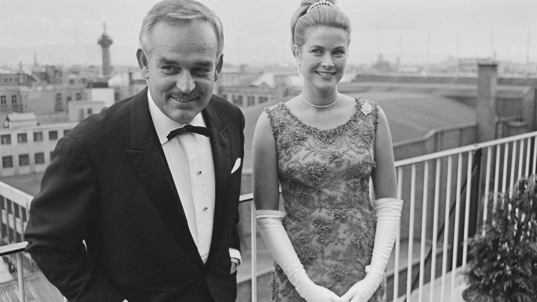 El príncipe Rainiero y Grace Kelly, en 1965. (Getty)