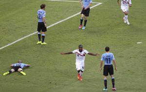 Joel Campbell 'revienta' a una Uruguay con más problemas que la baja de Luis Suárez