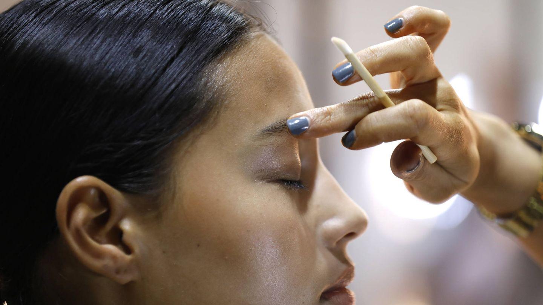 Existen contornos de ojos con propiedades similares a las de la paralización de la toxina botulínica. (Getty)