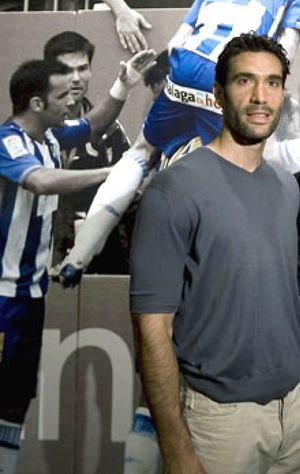 """Fernando Sanz: """"He dormido en una cama hinchable en el club para salvar al Málaga"""""""