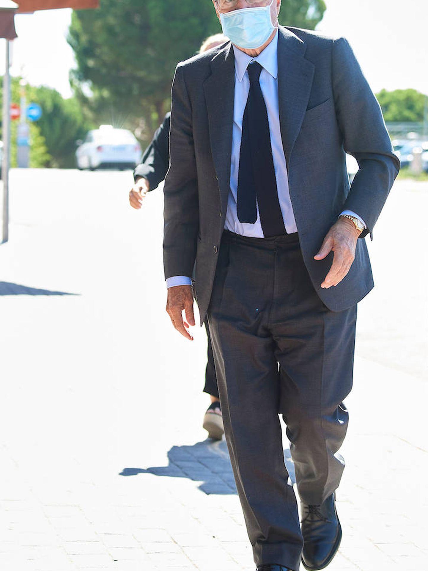Antonio Garrigues Walker. (Limited Pictures)