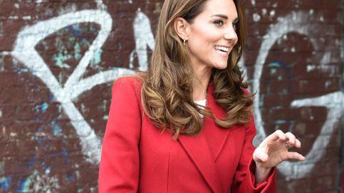 El nuevo abrigo de Kate Middleton firmado por McQueen es lo mejor que verás hoy