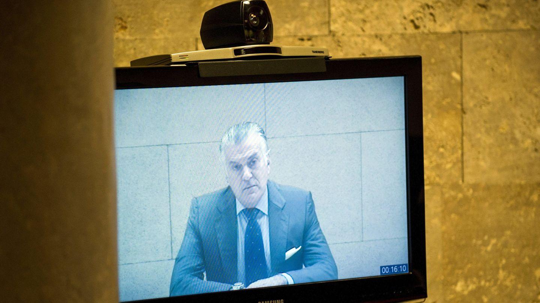 El extesorero del PP Luis Bárcenas declara como demandado por videoconferencia desde la cárcel. (EFE)