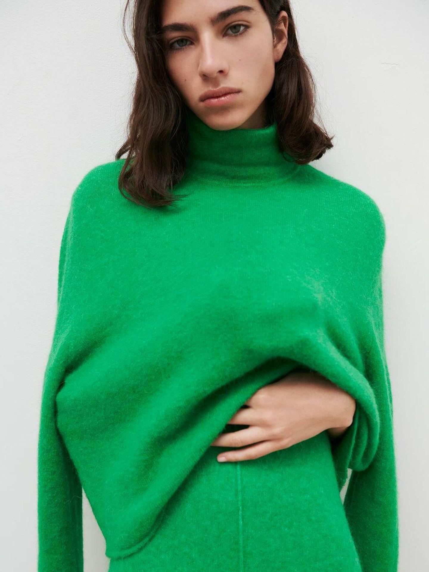 Jersey verde de lana de Zara. (Cortesía)