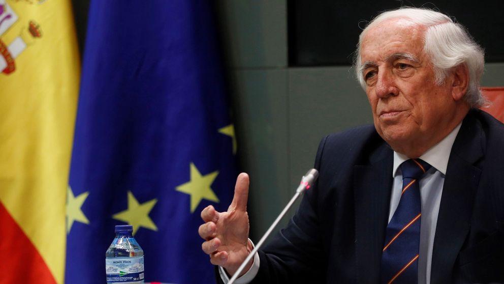 Espinosa de los Monteros padre ficha por el 'holding' de inversión de la familia Huarte