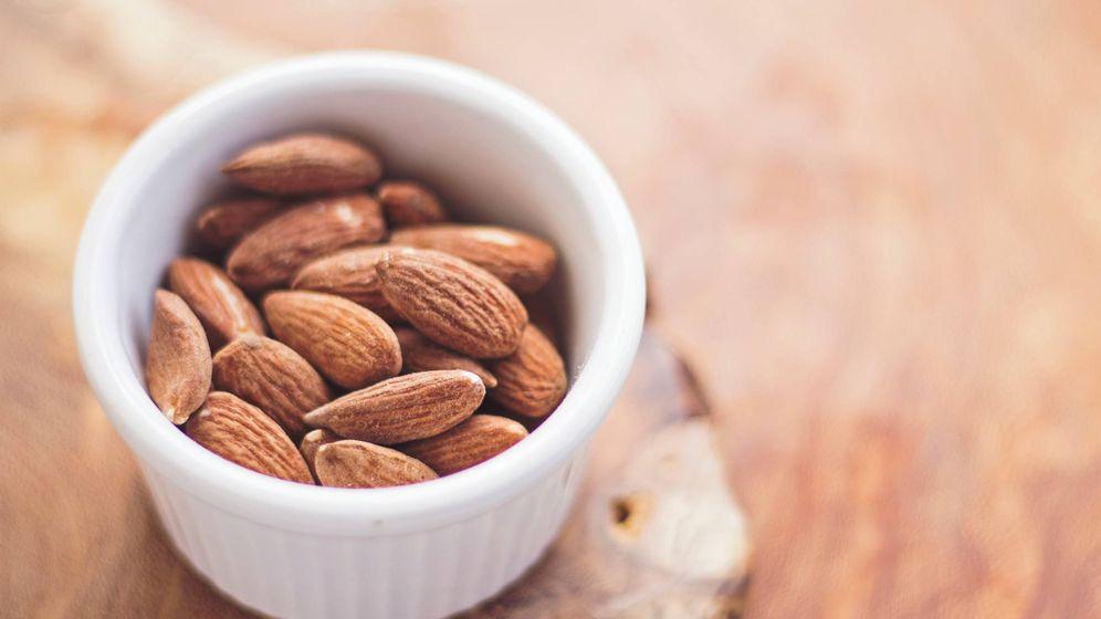 Foto: Un pequeño snack de almendras.