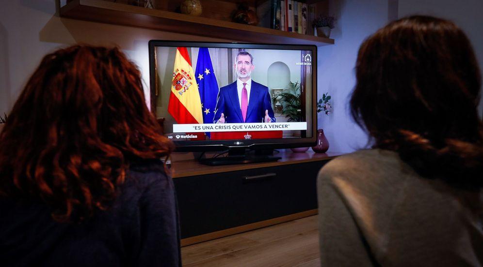 Foto: Felipe VI se dirige a los españoles en un mensaje por televisión en relación con la crisis del coronavirus. (EFE)