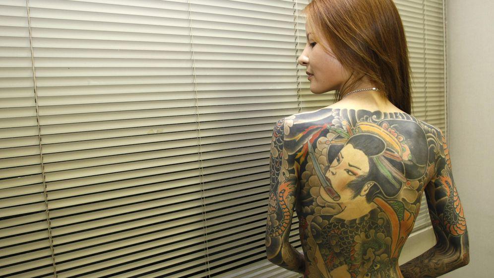Foto: Shoko Tendo, autora de 'Yakuza Moon', un libro de memorias, posa para una entrevista (Reuters).