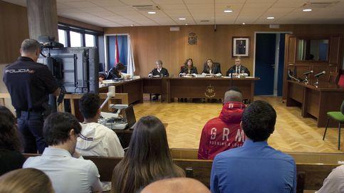 Juicios para 2021 y muertos oficialmente vivos: la huelga colapsa la Justicia en Galicia