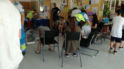 El calor golpea a 47 alumnos de un centro y el SAMUR los traslada a un tanatorio