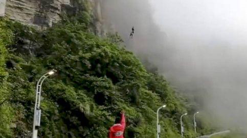 Un Deliveroo a lo bestia: un salto de 300 metros para entregar los menús calientes