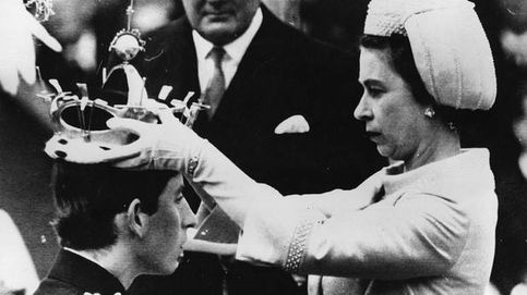 El príncipe Carlos, hablando galés en su coronación como príncipe de Gales