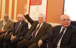 Un 'think tank' para la paz: se celebra la XIII Cumbre de Premios Nobel en Varsovia