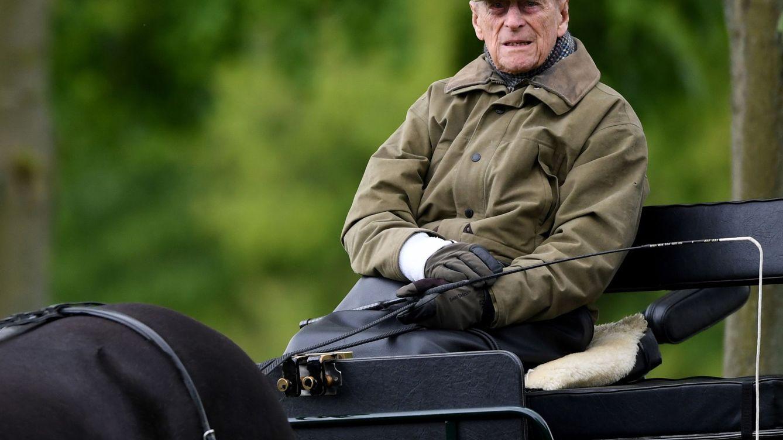 El duque de Edimburgo, un caballero 'old school' con unos inicios complicados