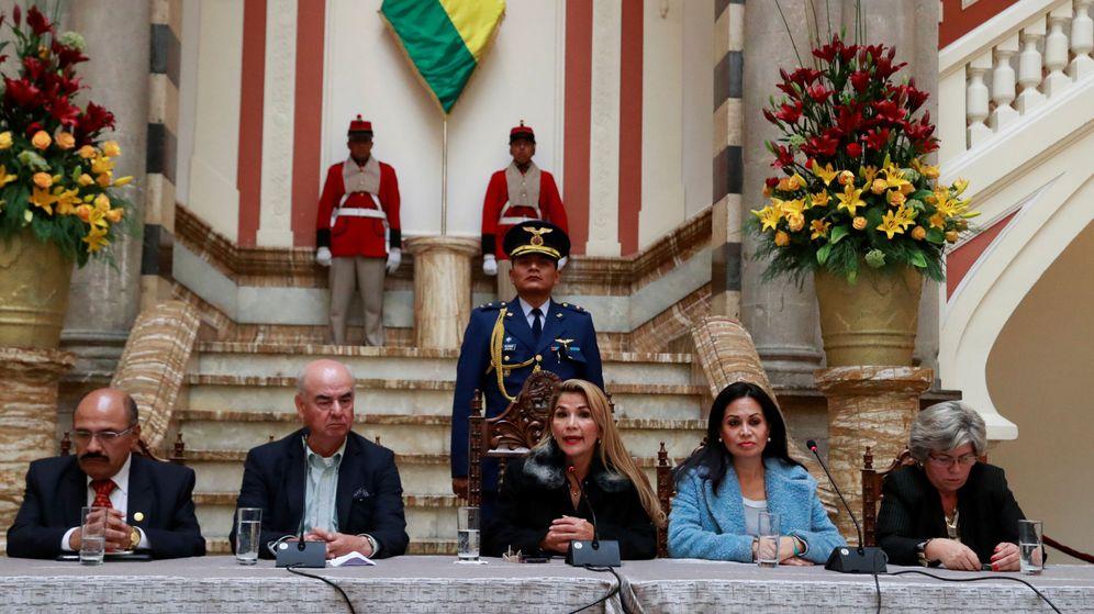 Foto: El Gobierno 'de facto' en Bolivia, encabezado por Jeanine Añez. (Reuters)