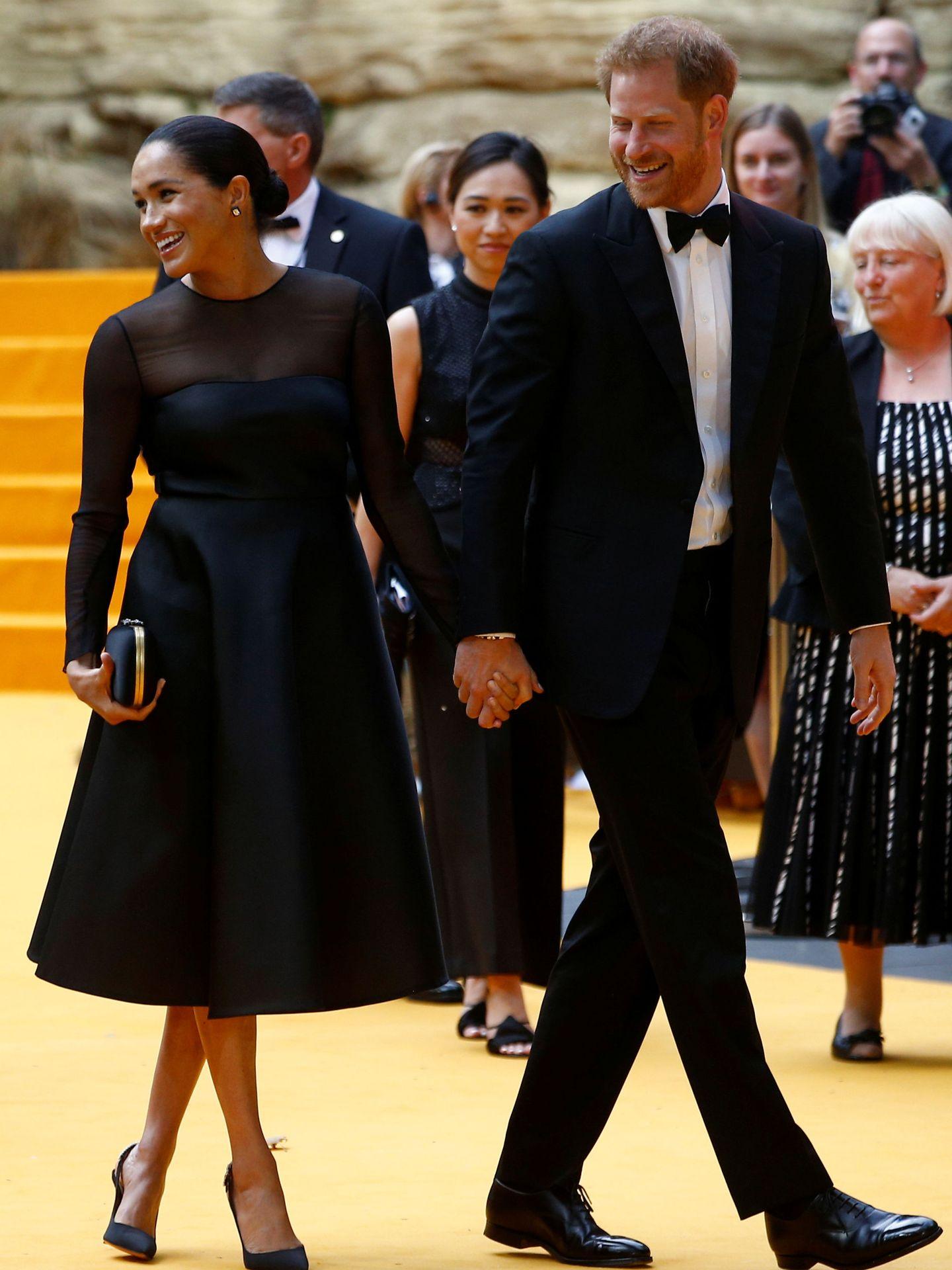Los duques de Sussex en el estreno de 'El Rey León' en Londres. (Reuters)