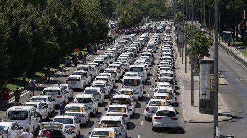 Carmena propone una licencia urbana VTC para cumplir la ratio