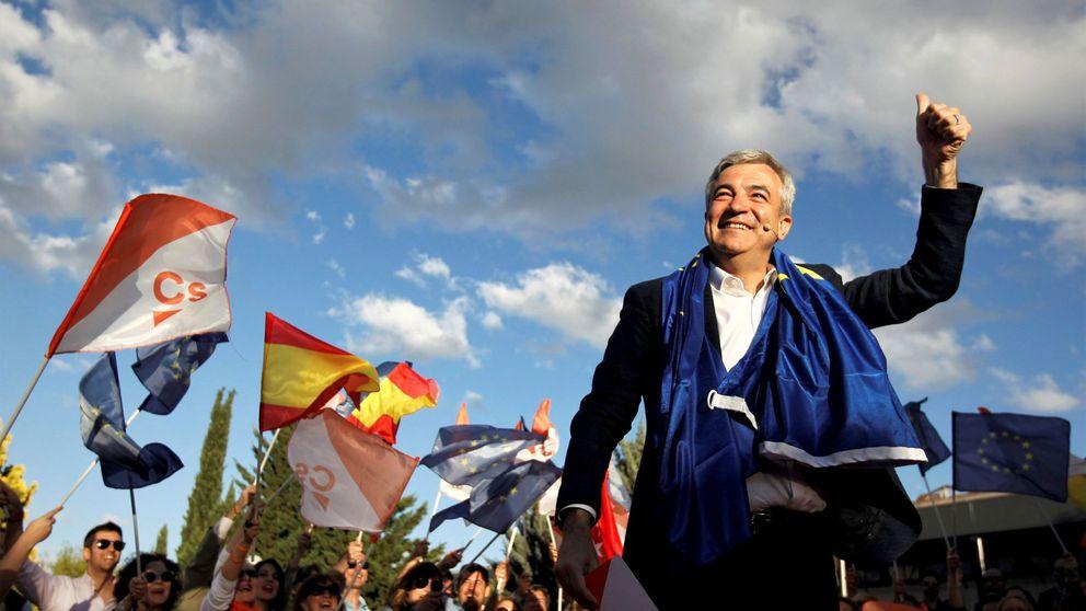 Garicano apoya a Valls y apuesta por investir a Colau alcaldesa de Barcelona