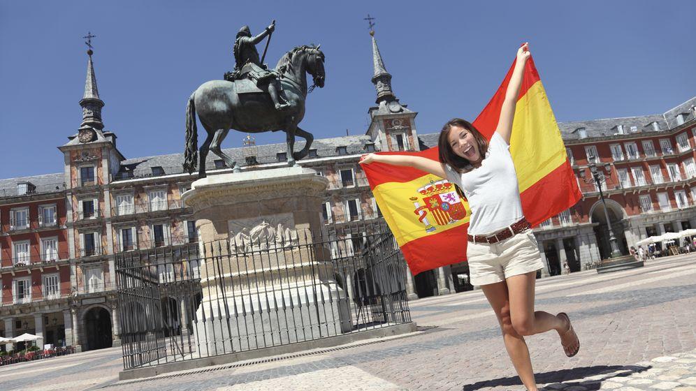Foto: En el resto de Europa detestan la espontaneidad que nos caracteriza a los españoles. (iStock)