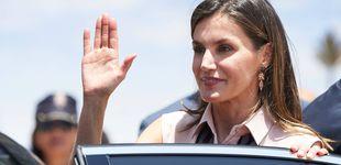 Post de La reina Letizia reaparece presumiendo de cintura de avispa tras una semana 'escondida'