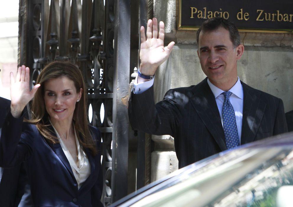 Foto: Saludando este sábado, tras su primer acto oficial