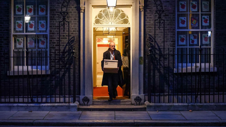 Dominic Cummings cuando tuvo que abandonar Downing Street. (Reuters)