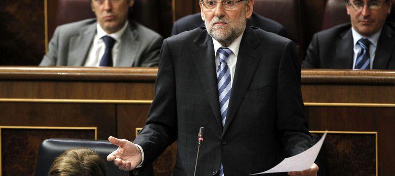 Foto: El presidente del Gobierno, Mariano Rajoy, durante el pleno del Congreso. (EFE)