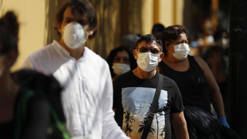 500 españoles atrapados en Perú piden ante la embajada volver a casa