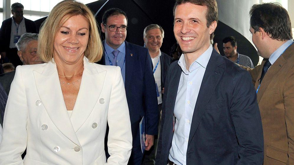 Foto: El presidente del Partido Popular, Pablo Casado, junto a María Dolores de Cospedal. (EFE)
