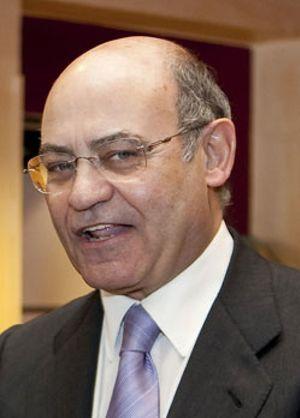 Díaz Ferrán se aferra a CEOE mientras su socio Pascual deja la patronal turística