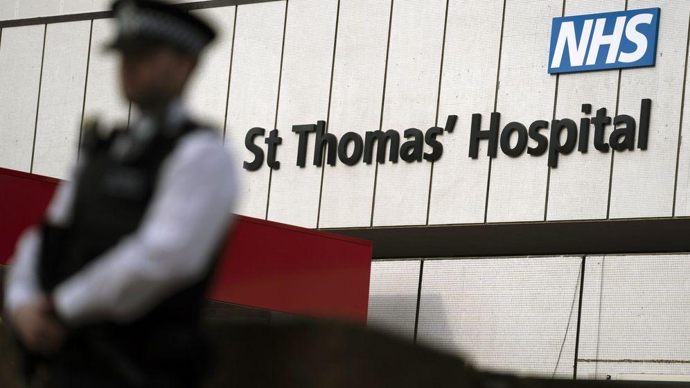 Foto: El hospital londinense donde está siendo tratado Boris Johnson. (EFE)