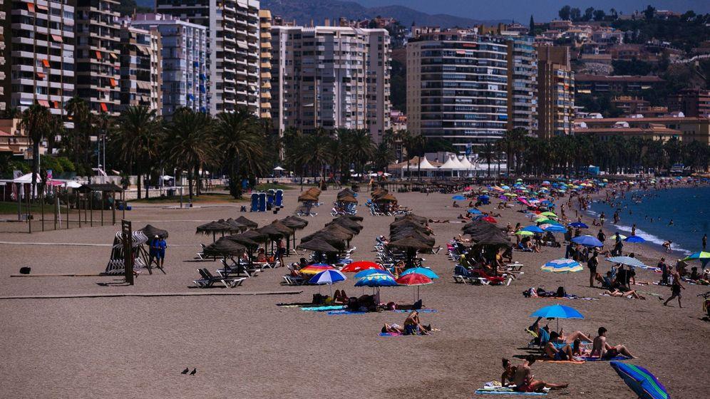 Foto: Vista de la playa de la Malagueta, en la capital de la Costa del Sol. (EFE)