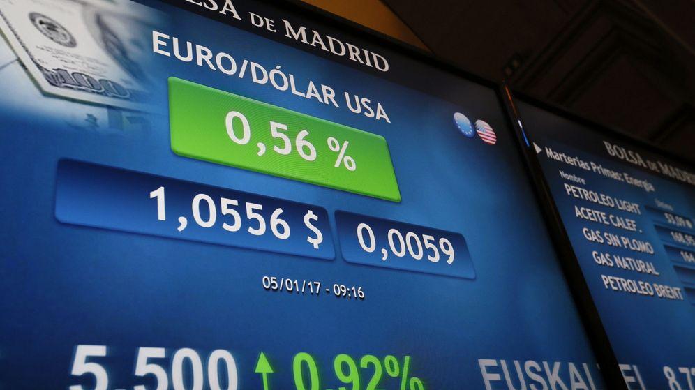 Foto: Pantalla de la Bolsa de Madrid. (EFE)