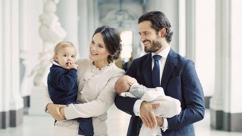 Carlos Felipe y Sofía presumen de sus pequeños Alexander y Gabriel