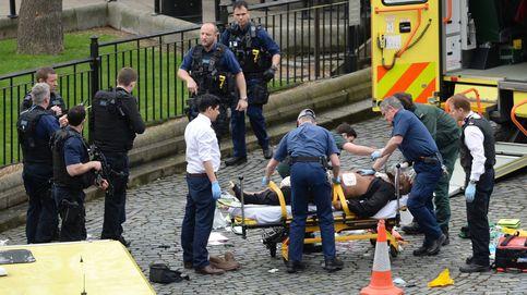 Atentado en Londres a las puertas del Parlamento: dos muertos y 12 heridos