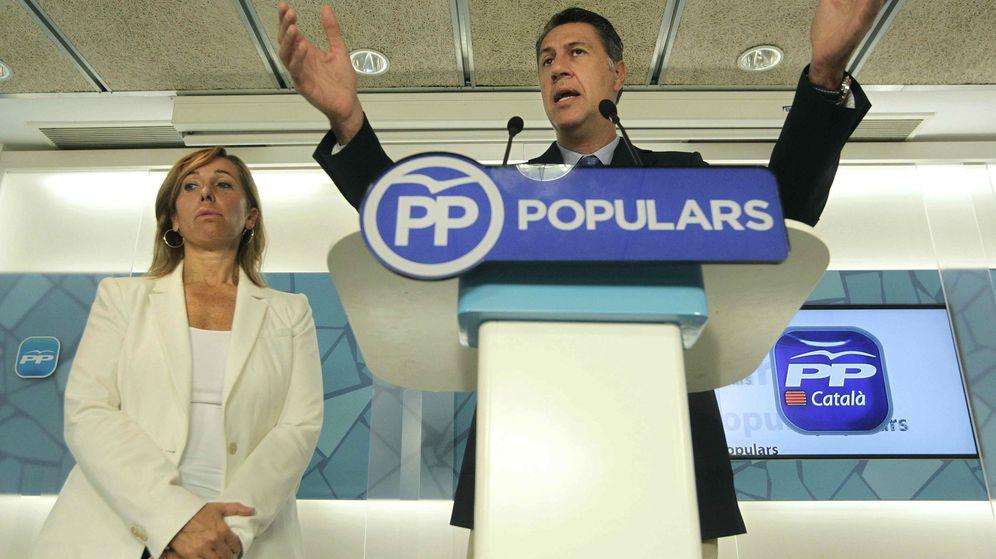 Foto: El candidato del PPC a la presidencia de la Generalitat, Xavier García Albiol, y la presidenta popular, Alicia Sánchez-Camacho. (EFE)