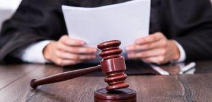 Post de Amenazan a un juez por pedir la absolución a un violador por ser