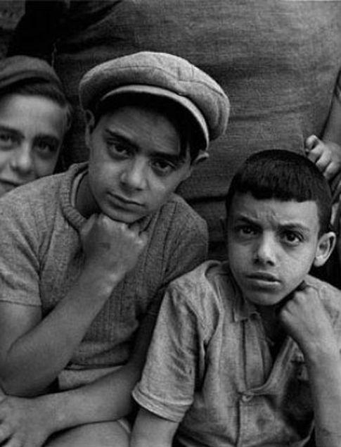 Niños en Marsella, en 1938. Nicolás Muller.